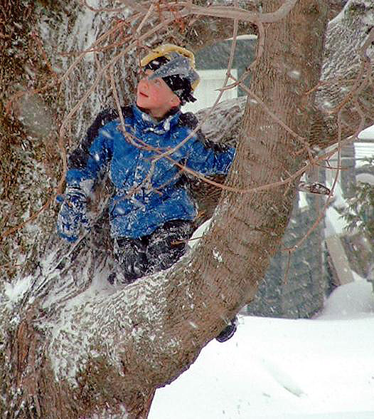 kids playing in maine winter